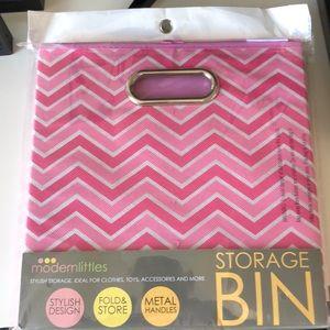 📦 Folding storage bins